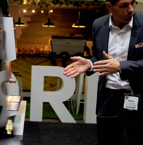 3 Tips to Stand Out at Your Next Event or Trade Show